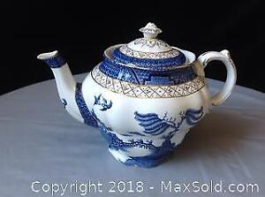 Booths Real Old Willow Teapot A 8025