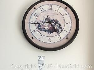 Wall Clock And Floor Lamp B