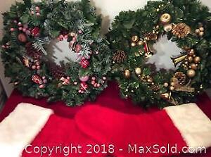 2, 17in Christmas Wreaths And 2 Stockings