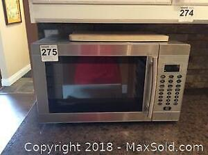 Microwave and Popcorn Maker A