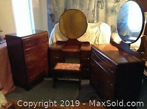 Midcentury 3 Piece Bedroom Set C