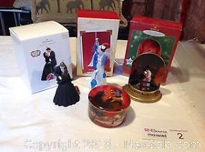 GONE WITH THE WIND COLLECTOR FIGURES AND MUSIC BOX