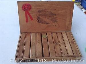 Cigar Box With Individual Cigar Boxes