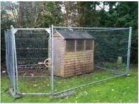 dog pen ( wooden shed with 6 galvanised mesh panels and door)