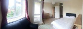 3 NEW AMAZING ROOMS in SAME FLAT ! STEPNEY GREEN !