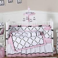 Girls Crib Bedding Set in EUC 10 Piece