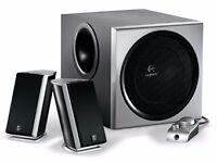 Logitech Z-2300 THX 2.1 Surround Sound Subwoofer Speaker System