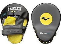 Everlast evergel focus mitts only used few times fantastic condition