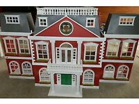 Sylvanian Families Regency Grand Hotel in Very Good Condition