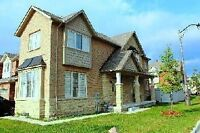 Beautiful bright 4 bedroom corner house in Richmond Hill - Rent