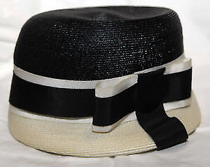 Vintage 1930s black & white lady's artificial straw hat w ribbon