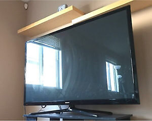 SAMSUNG - Smart and 3D TV 60 inch