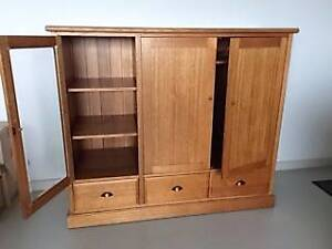 Solid blackwood timber tv cabinet Colac Colac-Otway Area Preview