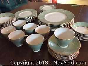 Simpsons Clarendon Pattern China Dinner Set-C