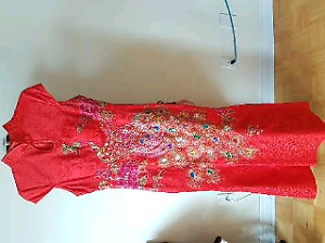 Chinese red wedding dress