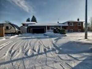 94 Erin Crescent  OPEN HOUSE SUNDAY March 17   12-4