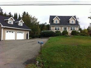 BEAUTIFULLY UPDATED CAPE COD ON OVER 1.6 ACRES