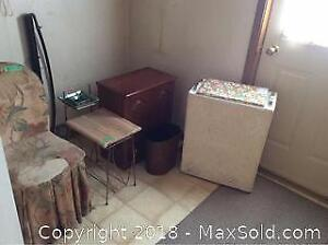 Vintage Hampers Chair And Magazine Table-A