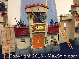 Fisher Price Toy Castle And Knights A