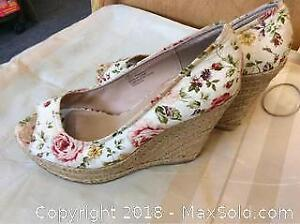 Floral Summer Shoes Size 7 By George