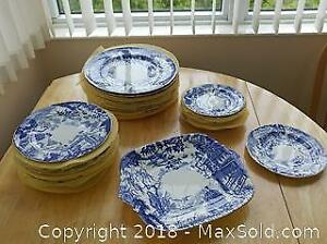 """Royal Crown Derby """"Mikado"""" Dinner Plates, Luncheon Plates, Side Plates and Serving Platter"""