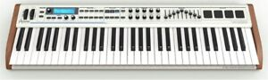 Clavier et Licence Arturia Analog Experience The Laboratory