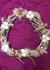 38CM LUXORY HAND MADE CHRISTMAS WREATH IN WHITE COLOUR