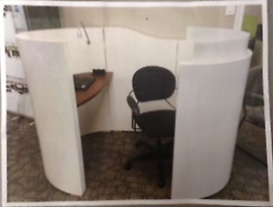 Modern Privacy DESK & CUBICLE - All in one!