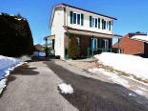 2 Storey House (Hautes Plaines) 15 minutes from Ottawa