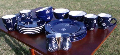 & Snowflake Dinnerware | eBay