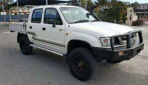 2002 Toyota Hilux KZN165R (4x4) 5 Speed Manual Dual Cab Chassis
