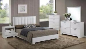 Brand New!! Beautiful, Elegant, White Finish 5 Pc Queen Bedroom Set