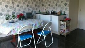 FURNISHED DOUBLE ROOM FOR PROFESSIONAL NONSMOKER IN CITY CENTRE £540, WITH ENSUITE £600 PER MONTH