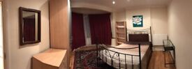 Large double room in Hendon NW4 £650/pm all bills include available from today
