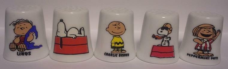 Up4Bid Set of 10 Charlie Brown & Friends Collectible Porcelain Thimbles