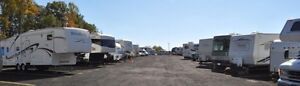 Month to Month Storage for RVs & Motorhomes