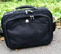 Like-New Dell Executive Laptop Bag