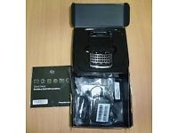 Blackberry 9780 unlocked any network ***BRANDNEW***100% original phone not refurbished***