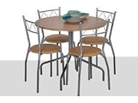 Bistro round table & chairs