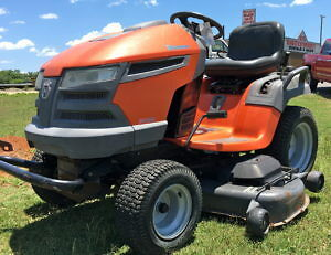 """26hp 54"""" Cut Husqvarna Lawn Tractor Top of The Line"""