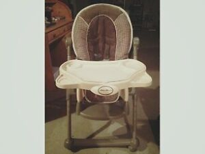 HIGHCHAIR FOR SALE $25