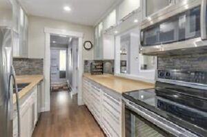 815 ft2 Renovated Townhouse in Park Royal North Shore Greater Vancouver Area image 5