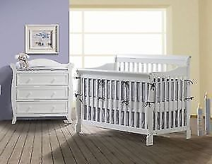 Joanie Convertible Crib w/ Changing Table