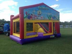 Jumping Castle Hire $130 pickup special or $190 delivered Beenleigh Logan Area Preview