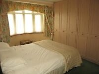 Four Excellent and Well Sized Double Bedroom House - Barking