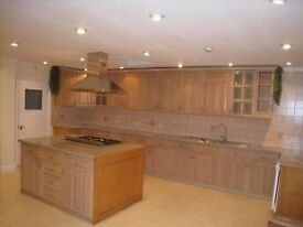 Very large bedroom (2 doubles bedrooms in one) all bills included. Have a look at the video