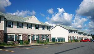 Room Available Immediately! Close to UPEI