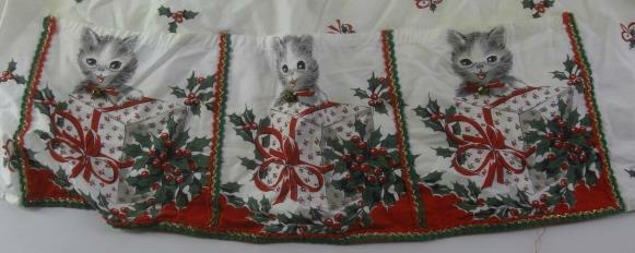 vintage CHRISTMAS CATS w/Bells HOLLY Holiday APRON 8pix