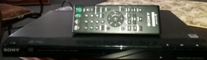 SONY CD/DVD PLAYER WITH REMOTE