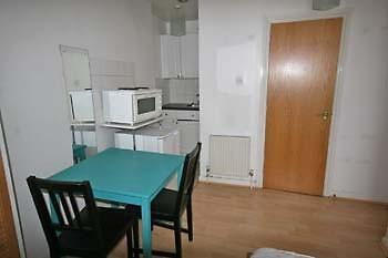 Double Studio Room in great location close to all amenities